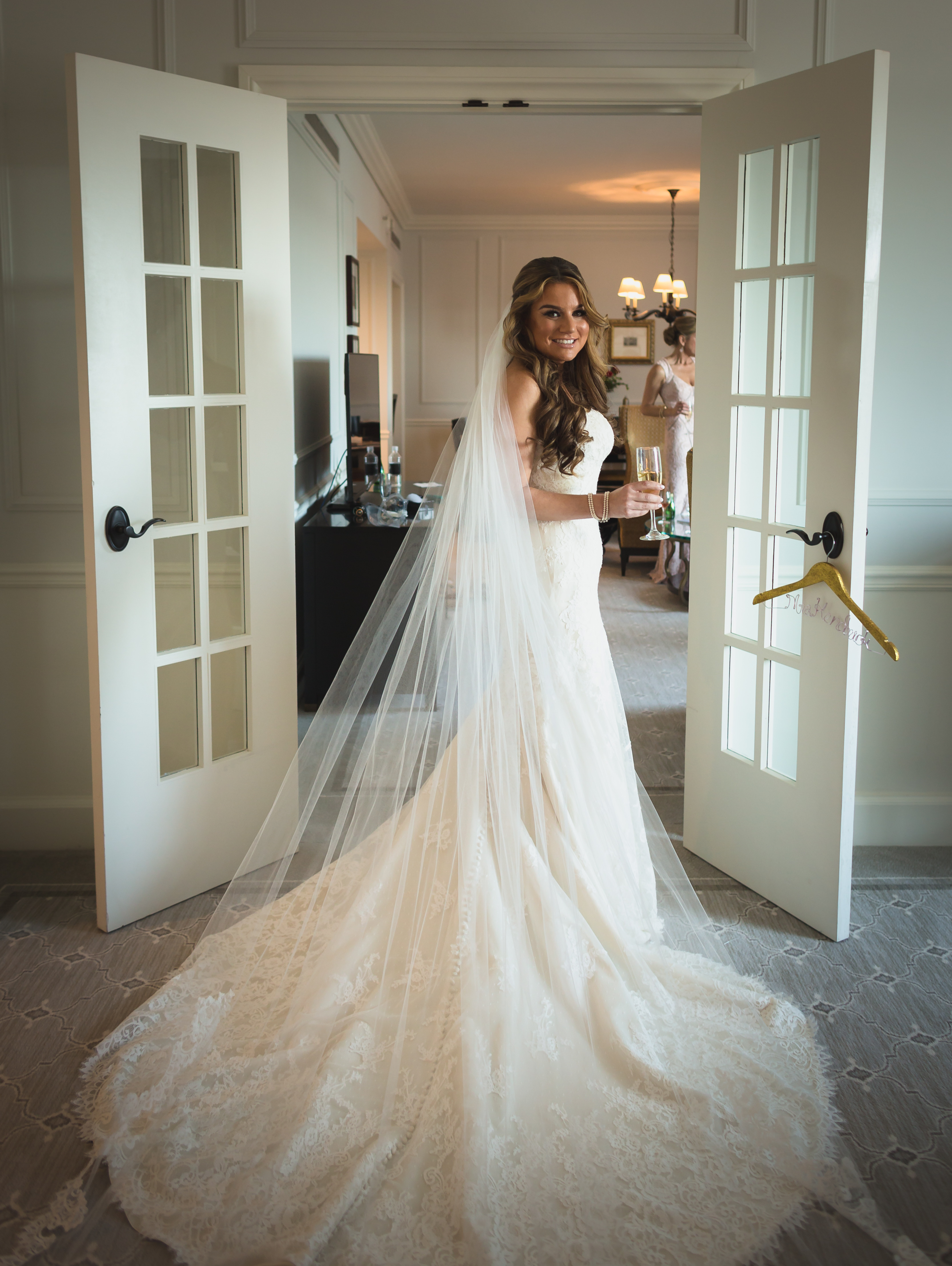 Wedding Photography Special - Couture Bridal Photography offers 2017-2018 wedding photography specials to save brides and grooms worldwide money on there Florida wedding photography and destination wedding photography needs.